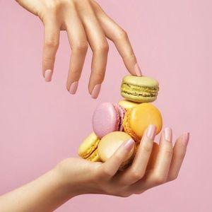 ✨BUNDLE✨ 2 Kiss Gel Fantasy nails